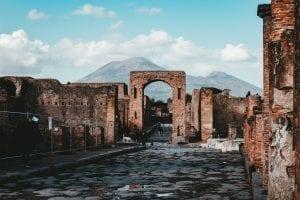 facts about Mount Vesuvius