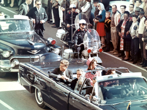 The JFK motorcade on the fateful day