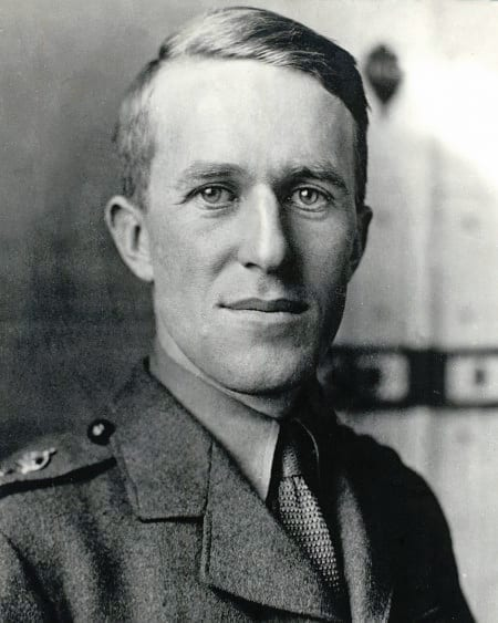 Facts about Te Lawrence