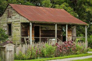 Slave cabin, Louisiana, USA