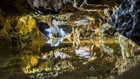 stalactites 3026248 1280